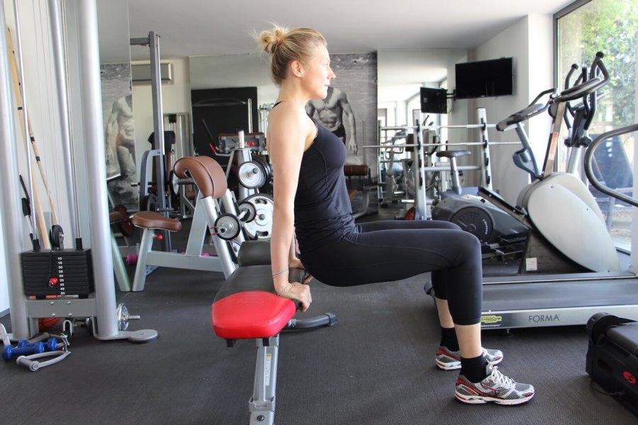 4 esercizi imbattibili per braccia perfette Stefanenko Natasha 3