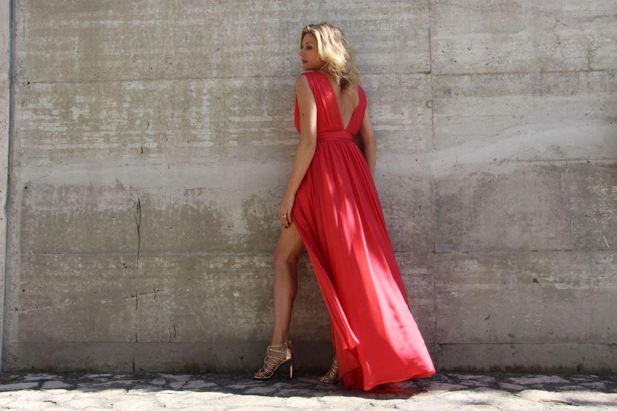 Невидимый бюстгалтер для платья с вырезом, Наташа Стефаненко
