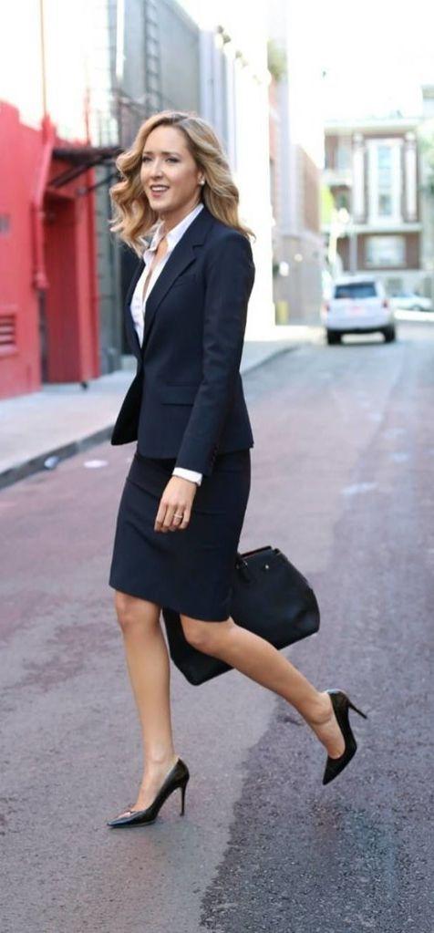 Как одеваться девушкам невысокого роста, длина юбки