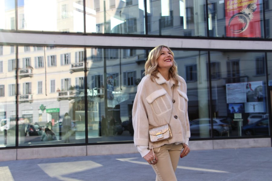 vestirsi con 50 sfumature di bianco Natasha Stefanenko