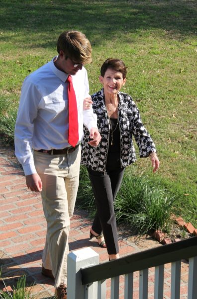 KA fraternity volunteers escorted guests such as Ann Gilmer.