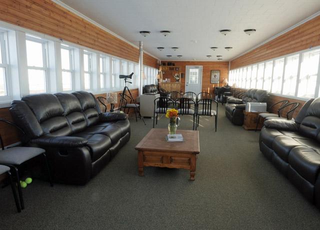 Tundra Lodge Tour Accommodation  Churchill Polar Bears
