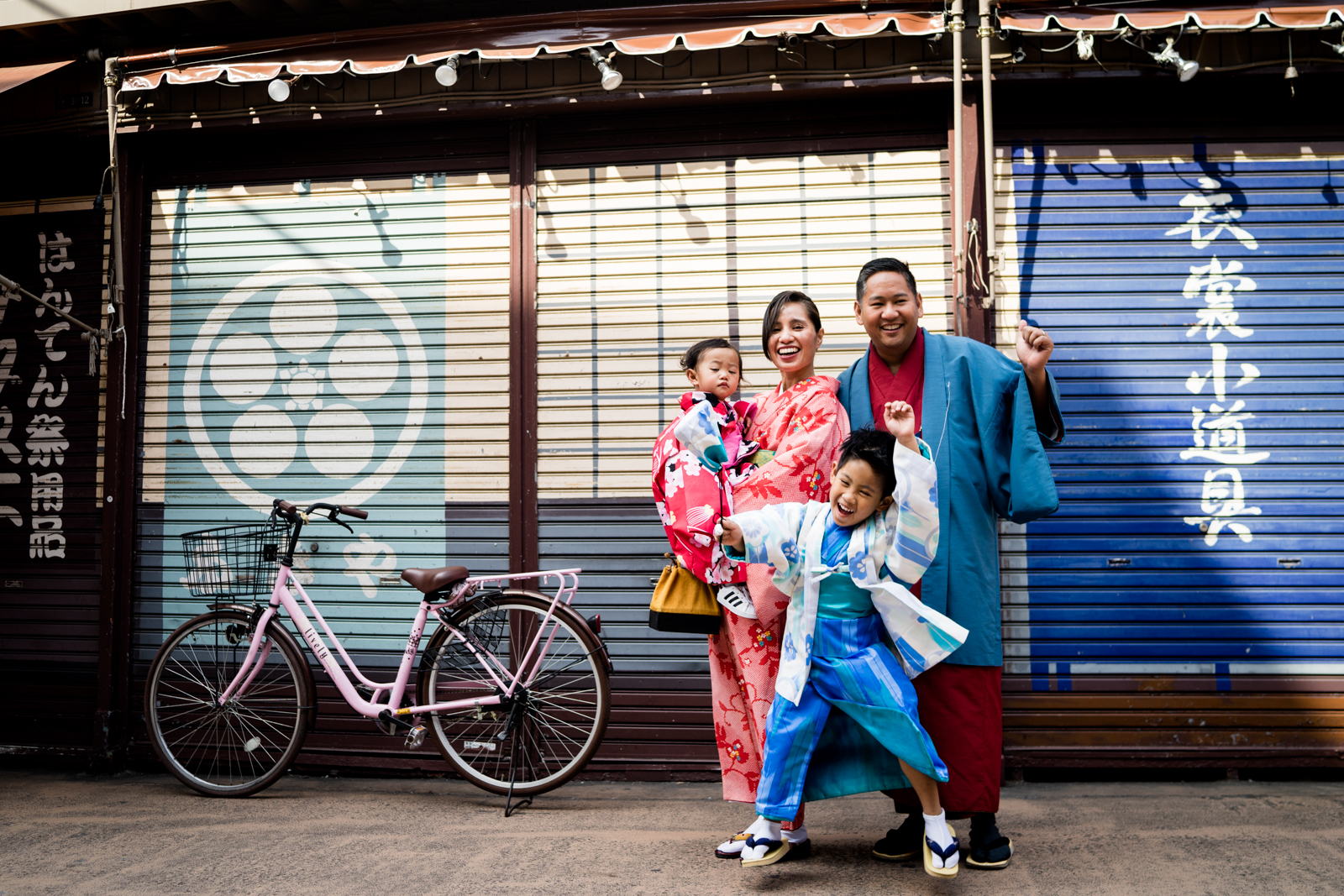 Tokyo Family and Lifestyle Photographer: Sumida Park and Traditional Streets of Asakusa