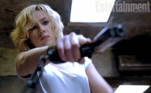 Scarlett-Johansson-in-Lucy