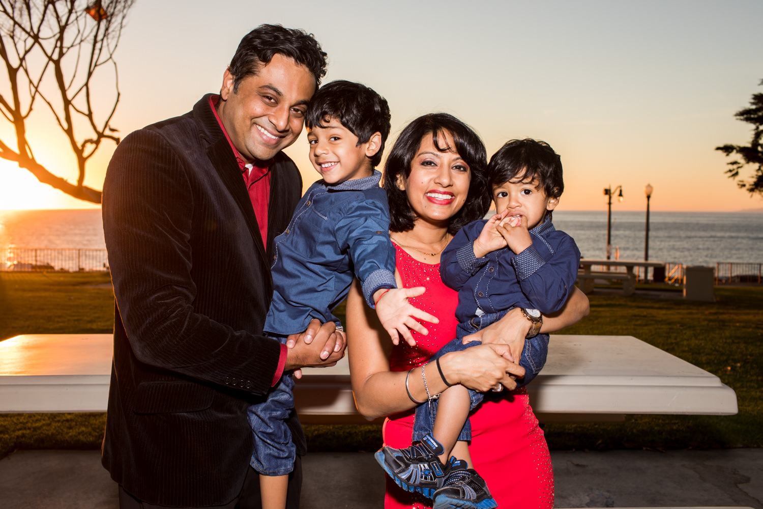 redondobeach-photographer-portraits-family-park-outdoor-sunset-_0012