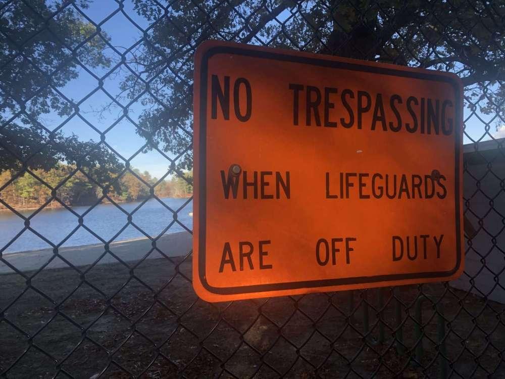 no trespassing dug pond