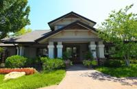 Deer Creek Apartments - Overland Park, KS