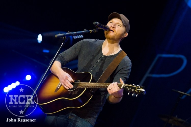 Eric Paslay @ Dow Event Center in Saginaw, MI | Photo by John Reasoner