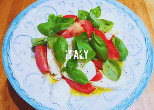 Tomato, Mozzarella and Basil Salad Caprese Salad nationaldish Italy