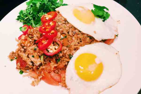 Garlic fried cauliflower rice with egg national dish of the philippines