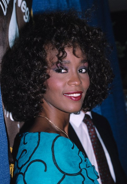 Who is dating whitney houston