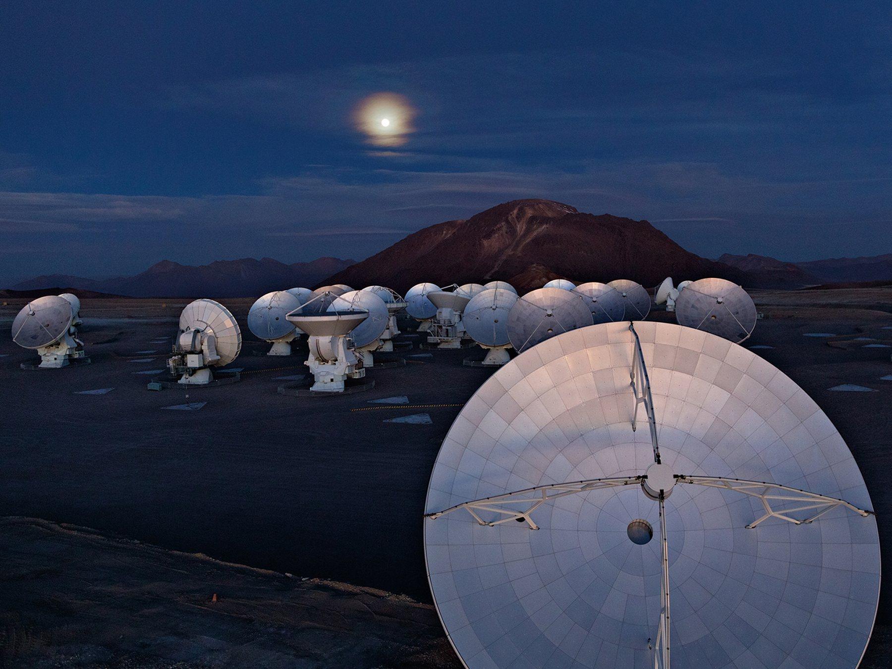 Antenas que conforman el Gran Conjunto Milimétrico / submilimétrico de Atacama (ALMA)