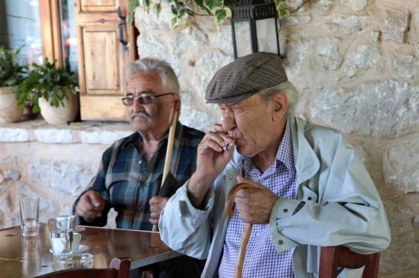 Dos pensionistas griegos