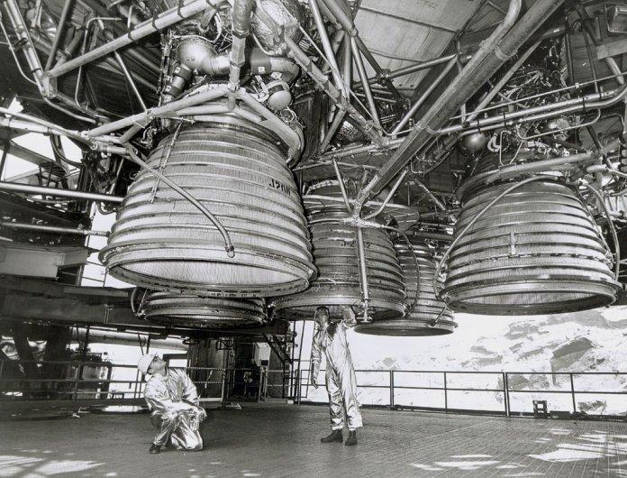 ¿Cómo despegó el cohete lunar con tan poco combustible?