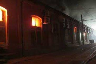 ALERTA! Incendiu de proporții la Marea Neagră. OPT oameni au MURIT