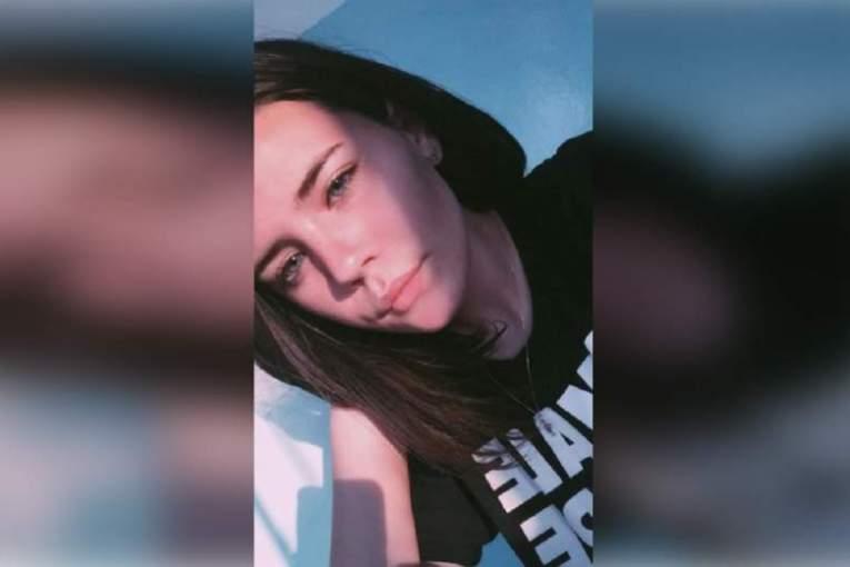 O mamă din Bacău îşi caută cu disperare fiica de 14 ani. Andreea Clara a dispărut de trei zile: