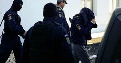 Polițist cu patru bordeluri clandestine. Afaceri de lux, sub ochii șefilor