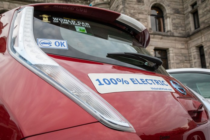 electric vehicle strategy sputters as provinces battle it out on