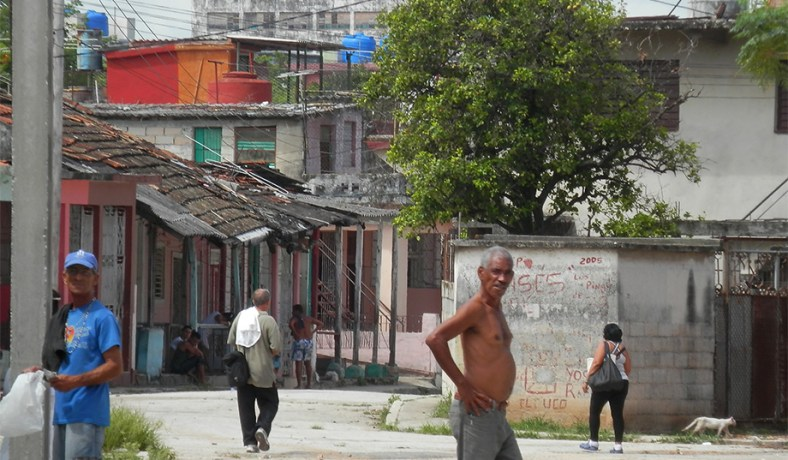 Poverty cuban style sitename national review a look at how cubas working class lives publicscrutiny Images