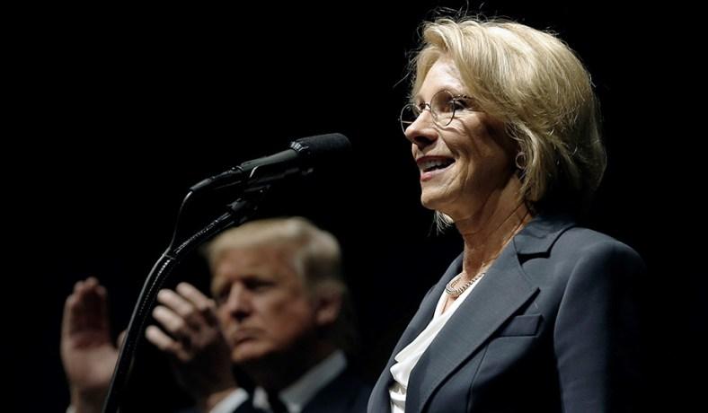 Betsy Devos Trumps Education Pick Plays >> Betsy Devos School Choice Liberals Privatization Rhetoric