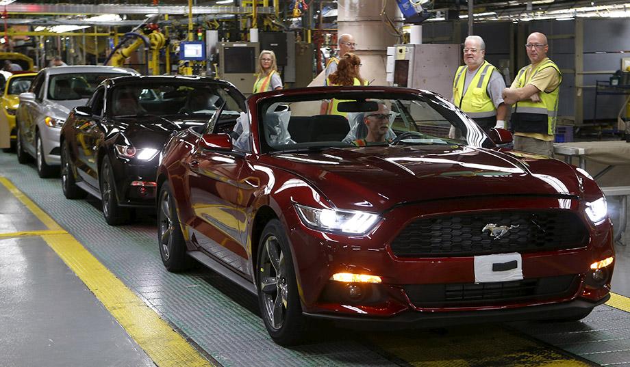 photo image Trump Delays Auto Tariffs for 180 Days