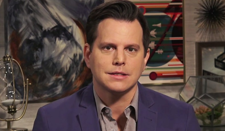 Dave Rubin on the set of The Rubin Report (image via YouTube) ...
