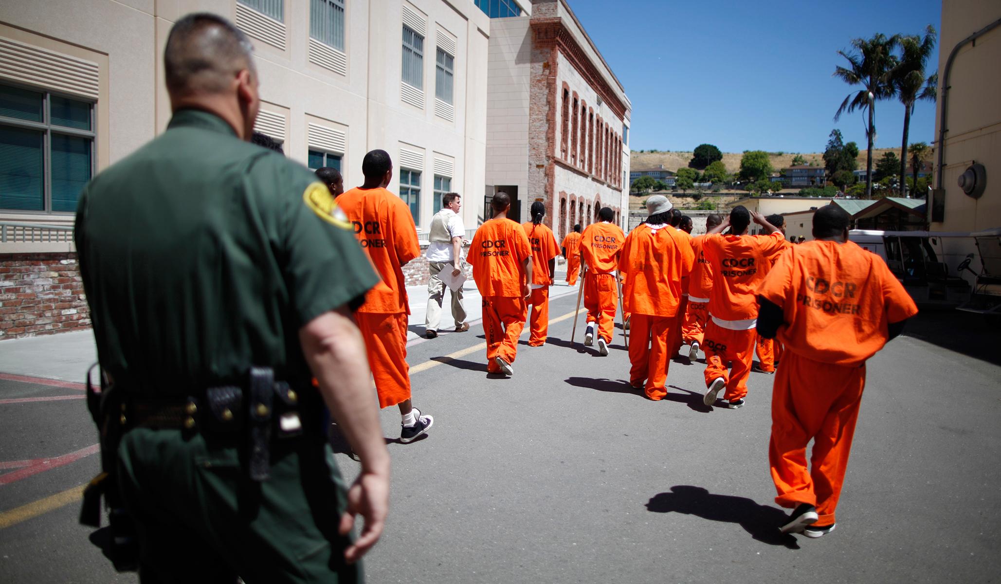 Bernie Sanders & Felons Voting: Letting Prisoners Vote Is