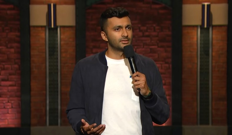 Comedian Shouldn't Have Been Kicked off Stage at Columbia over 'Offensive' Joke