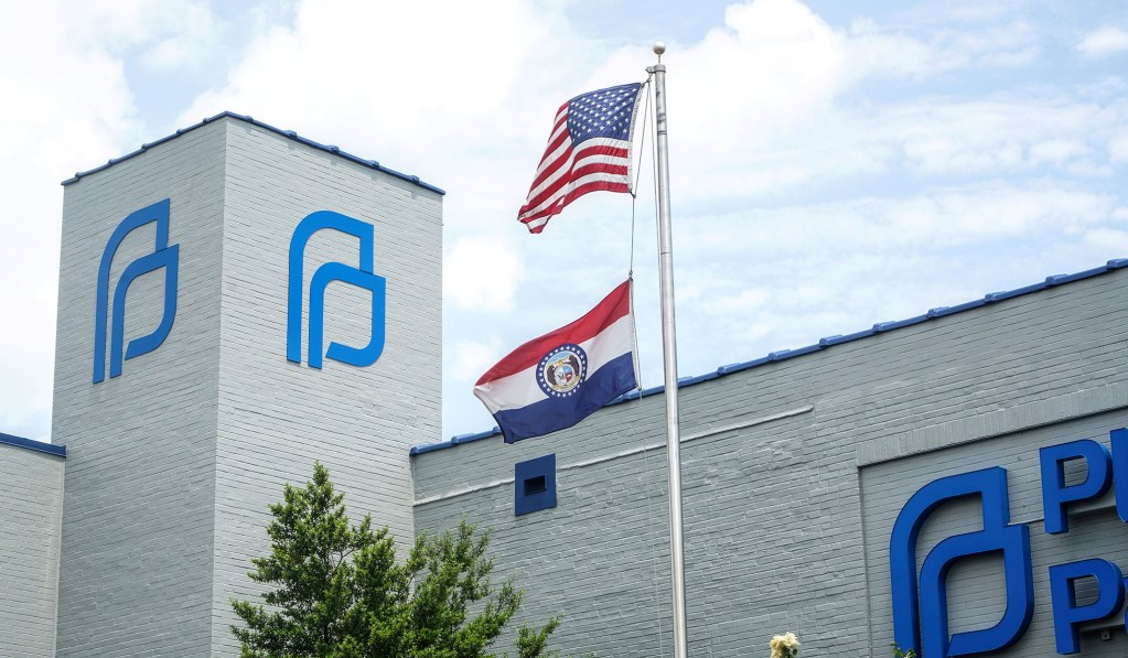 Judge Blocks Missouri Health Dept. from Shuttering State's Only Remaining Planned Parenthood