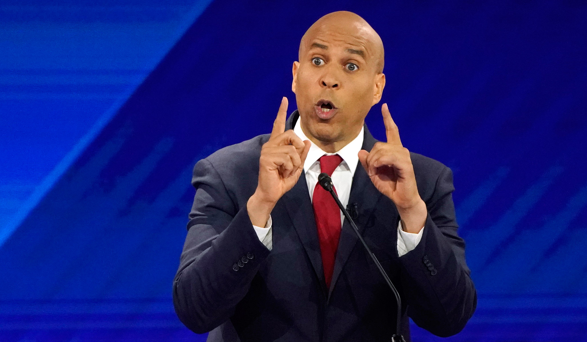 Booker Scolds Buttigieg for Referring to Gun 'Buybacks' as 'Confiscation': 'Doing the NRA's Work for Them'