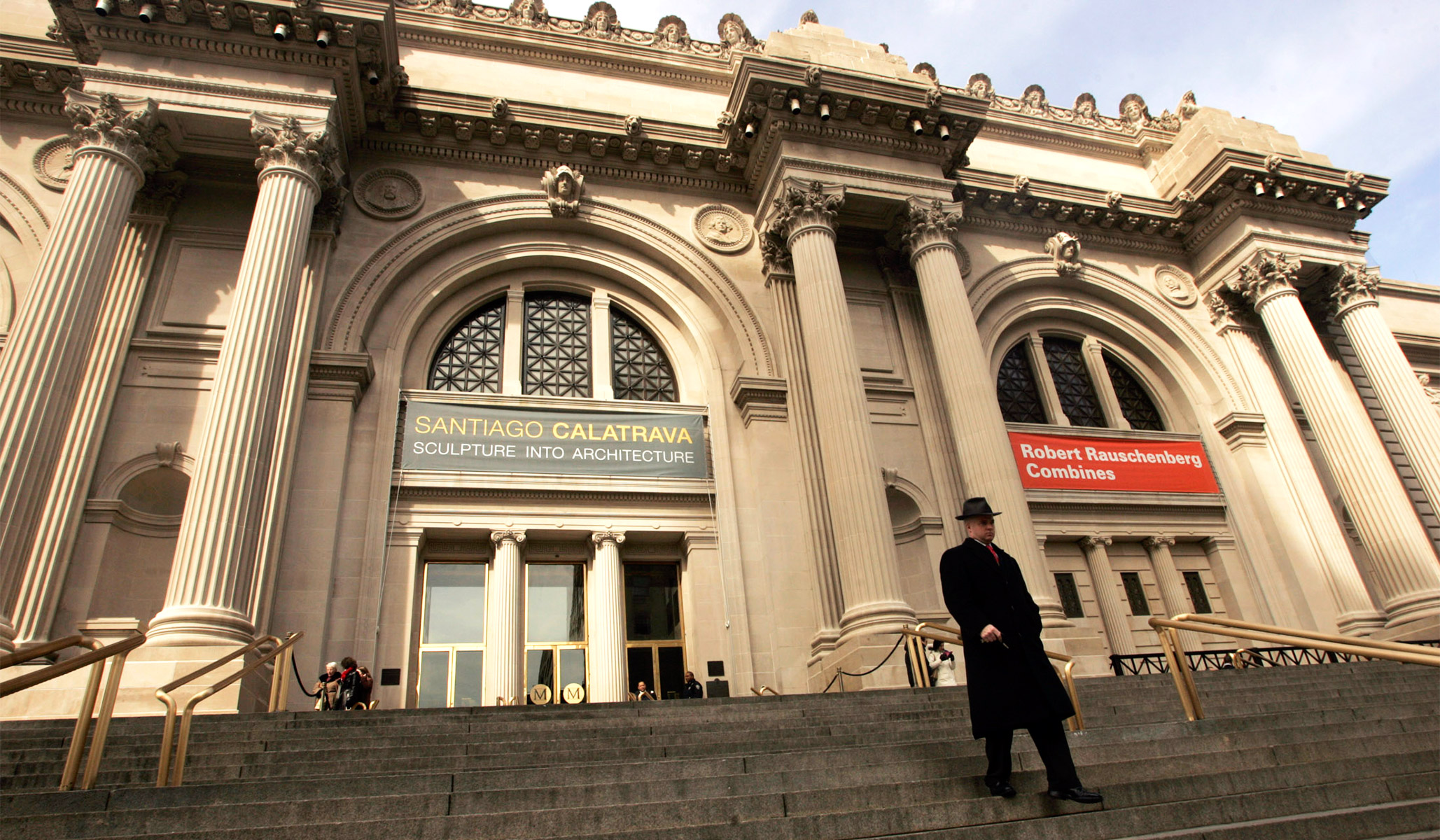 The Metropolitan Museum of Art Defaces Its Façade