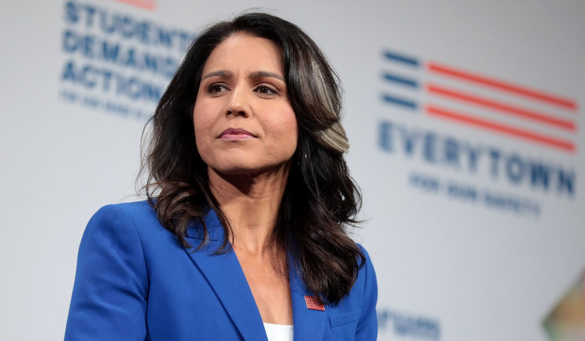 Gabbard Lawyers Demand Clinton Retract 'Defamatory' Russian Asset Comments