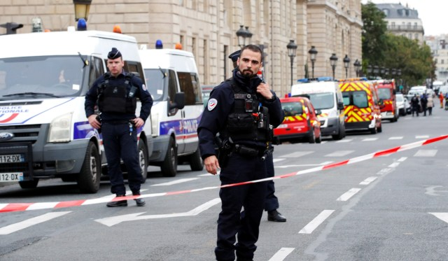Paris Knife Attacker Converted to Islam 18 Months Before Attack: Report