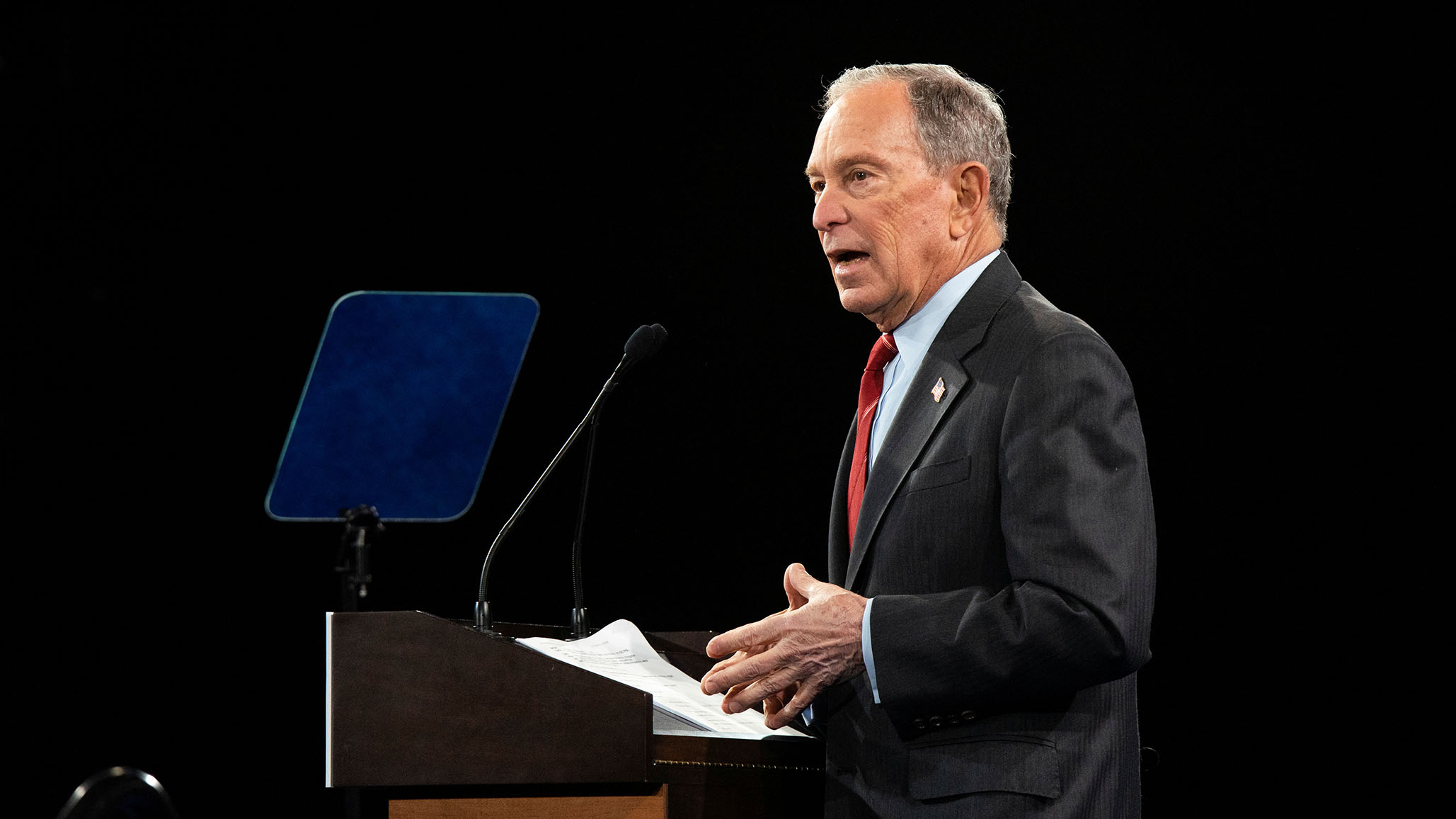 Bloomberg's Clean Transportation Plan Calls for Ending Production of Gas-Powered Cars by 2035