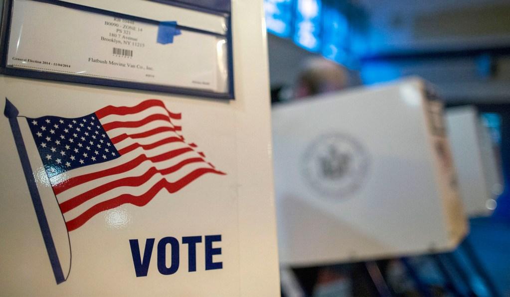 Judge Reinstates New York Democratic Primary