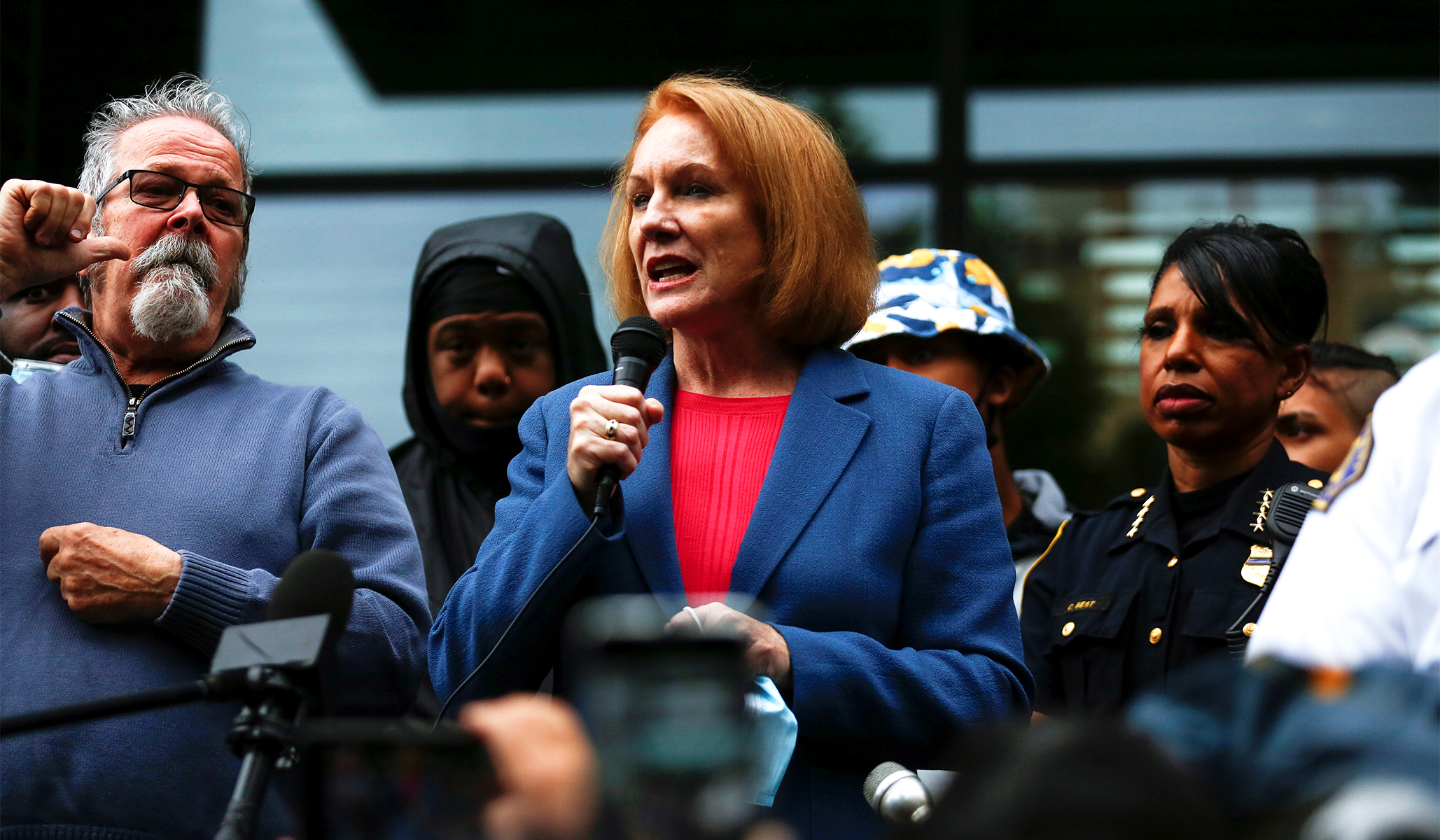 Seattle Mayor Says City Will Move to Dismantle Protest 'Autonomous Zone' after Back-to-Back Shootings thumbnail