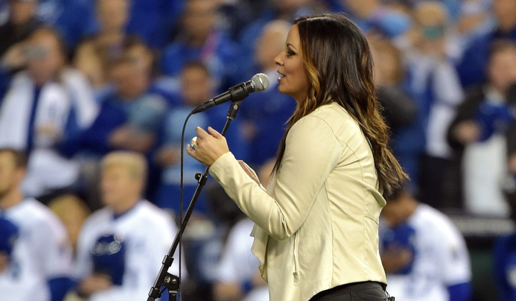 Searching for the Live-Concert Buzz in a Pandemic with Sara Evans