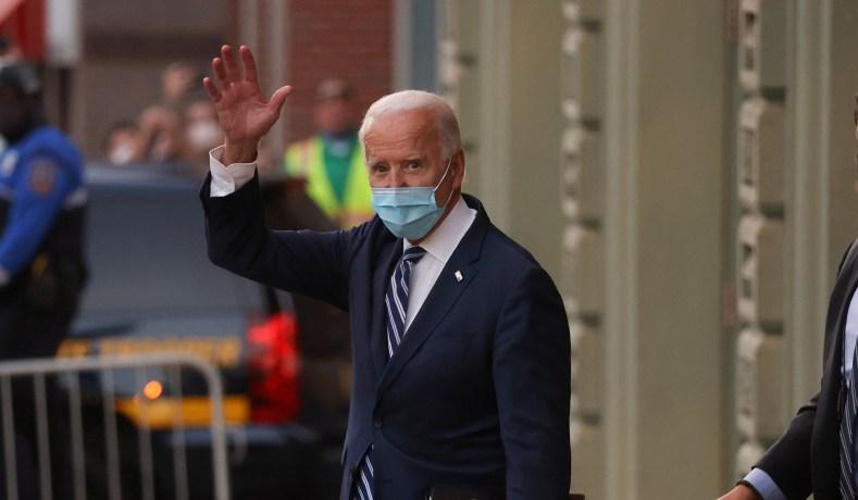 Biden Pandemic Adviser Calls for Four to Six Week National Lockdown