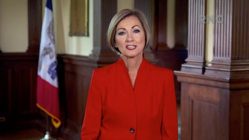 <p>Iowa Governor Signs Bill Banning Mask Mandates in Schools, Businesses thumbnail