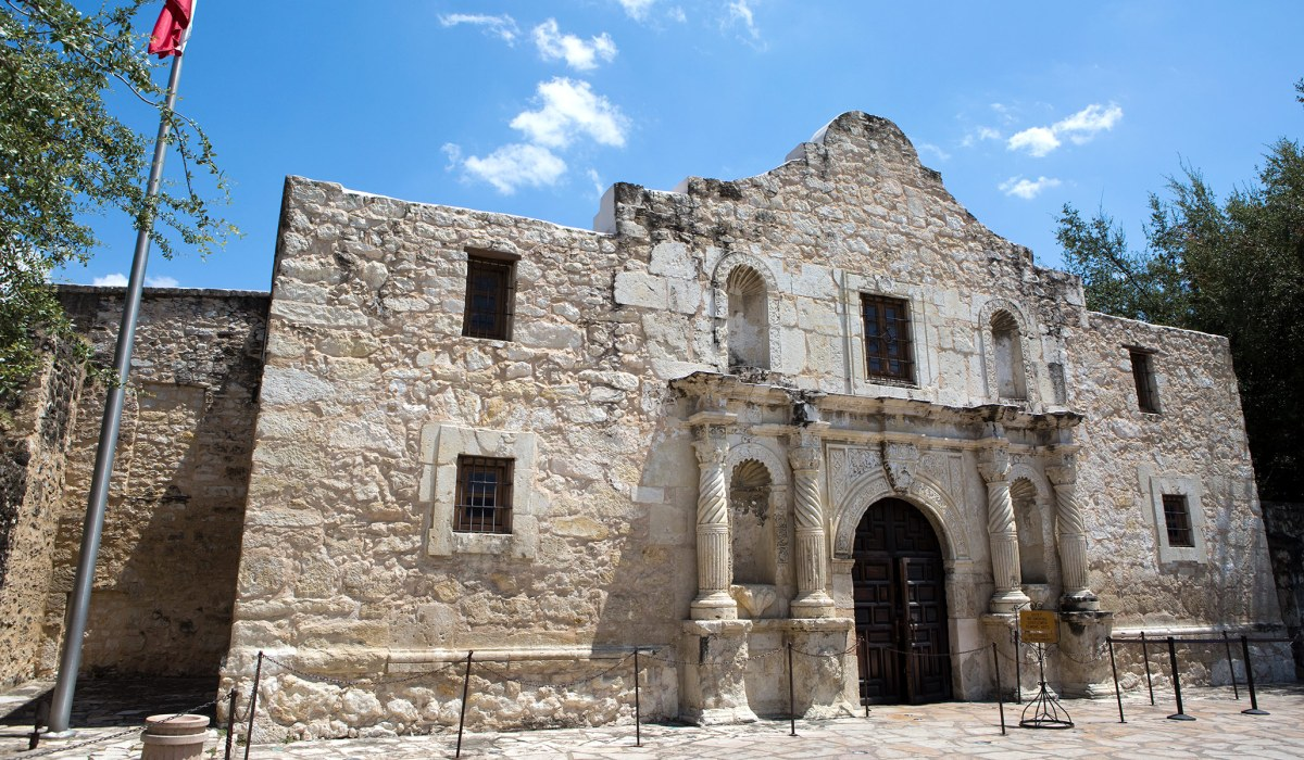 Yes, Remember the Alamo | National Review