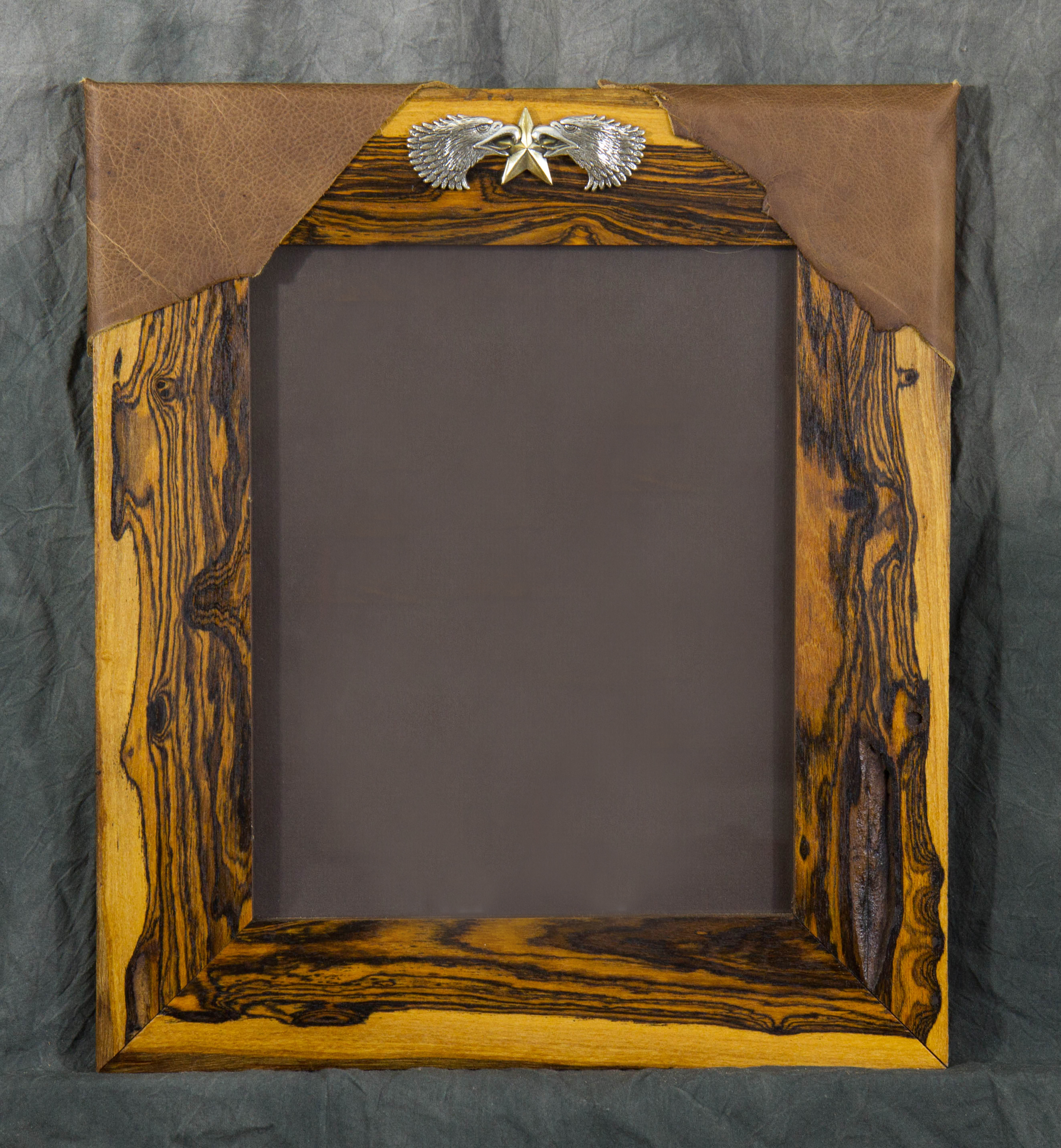 NATIVE EDGE PHOTO FRAMES  Custom handcrafted solid wood