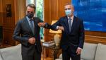 201006-sg-pm-greece.jpg - NATO Secretary General visits Greece, 74.60KB
