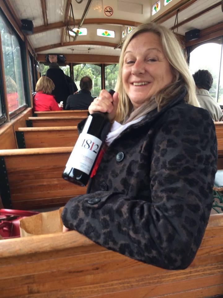 Wine Trolley Tours Niagara-on-the-lake