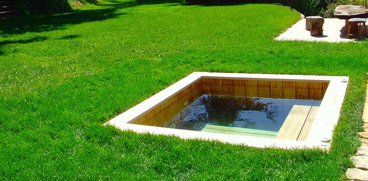 piscine bois carree enterree et sur