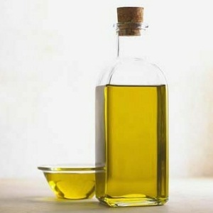 Massage Warm Olive Oil