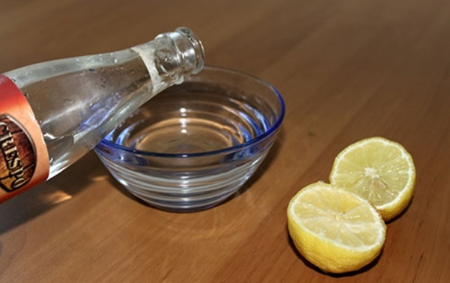 Lemon Juice, Honey And Rosewater