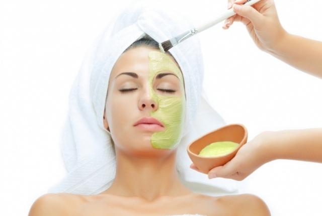 Honey And Aloe Vera Face Mask