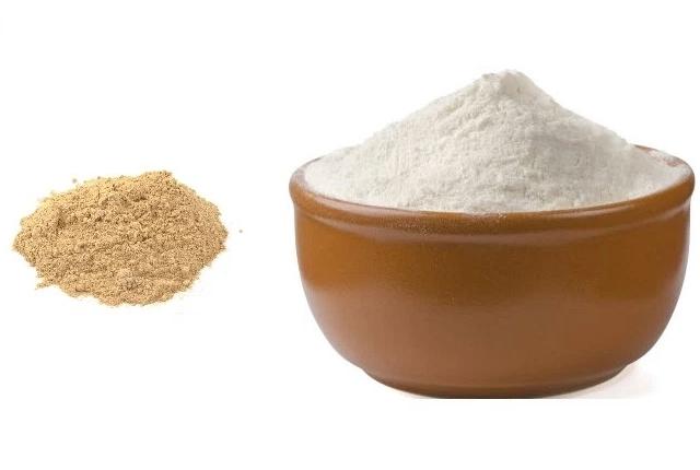 Sandalwood Powder And Raw Milk