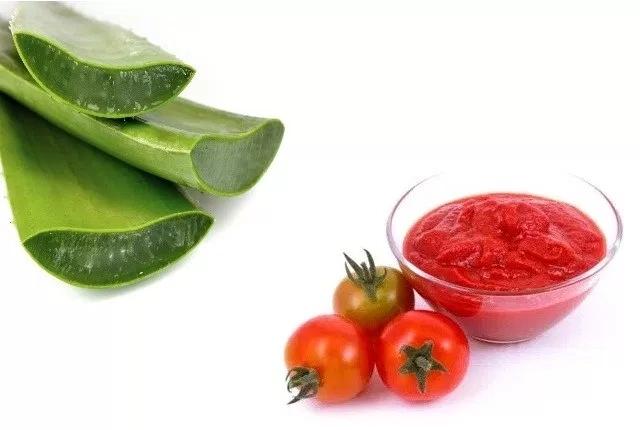 Tomato With Aloe Vera Pack