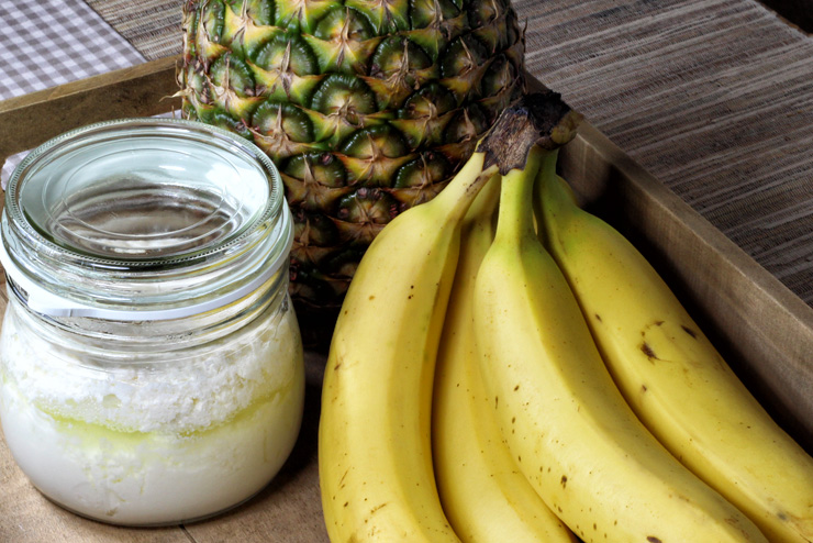 Kefir banana pineapple dessert - a selfmade dream with milk kefir - the ingredients